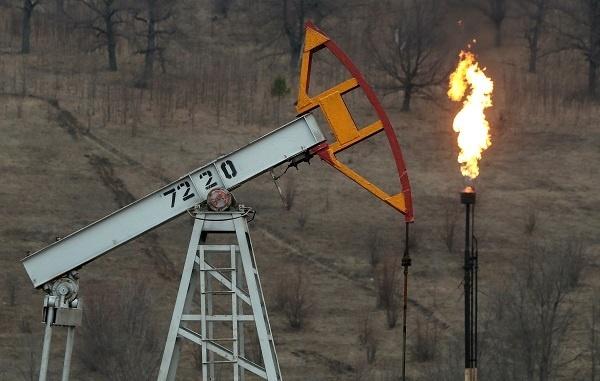 СМИ узнали о планах российских компаний сжигать нефть нефть,политика,россияне,экономика