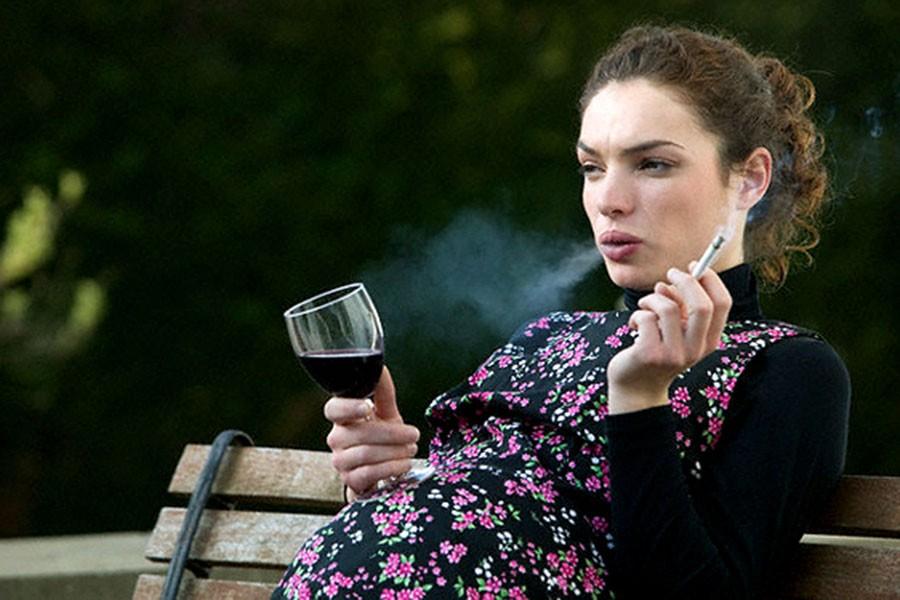 Девушка, а вы случайно не беременная?