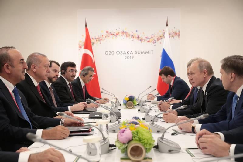 Ты их в дверь — они в окно. Политика США в отношении Турции