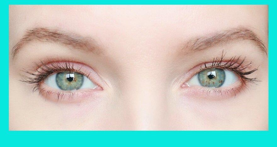 Странно, что не все знают: главная ошибка нанесения туши, которая портит вид глаз