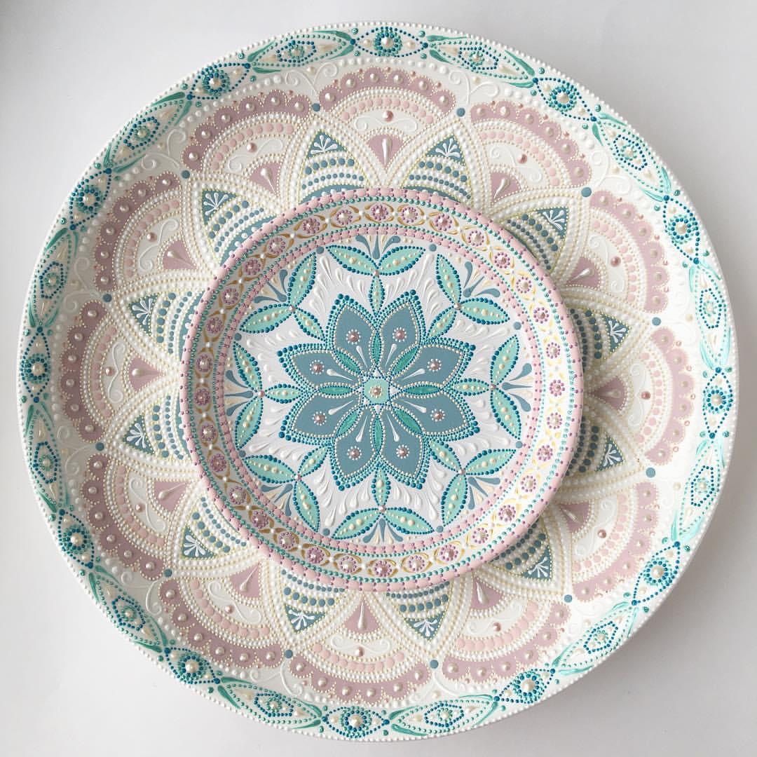 Нежная роспись тарелок от Анастасии Ропало вдохновляемся,роспись,фарфор и фаянс