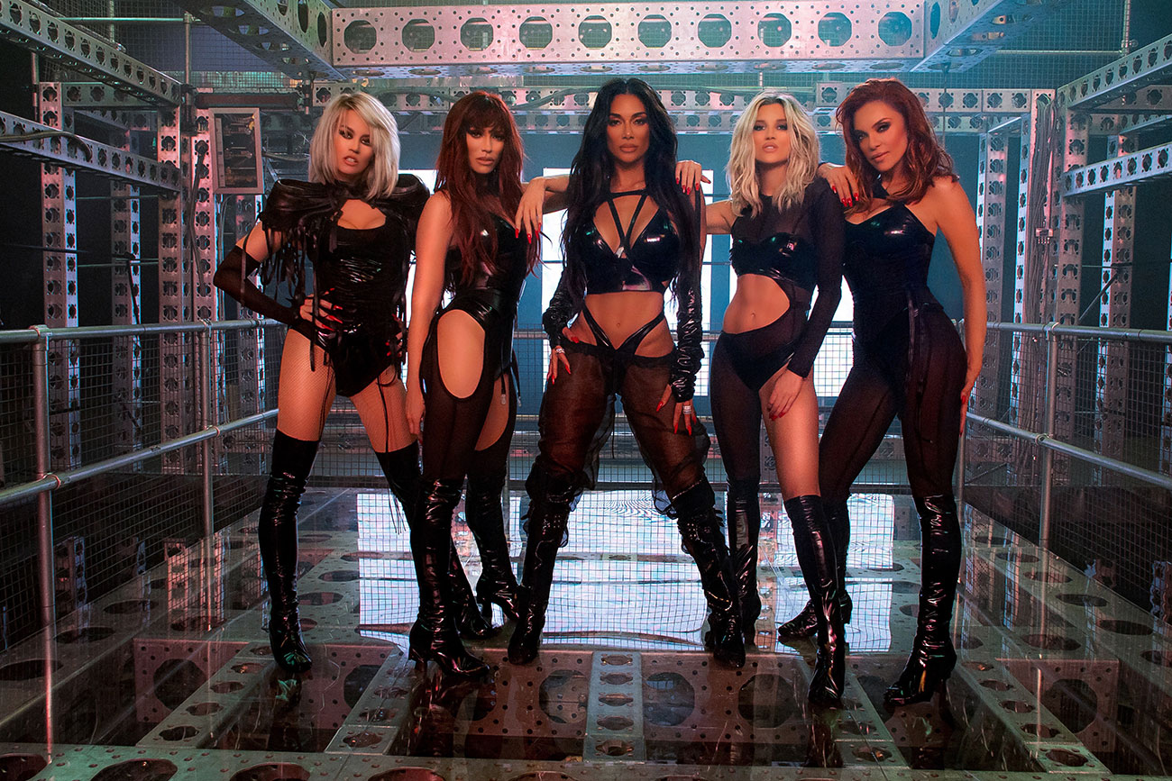 Former pussycat dolls member says group was a prostitution ring