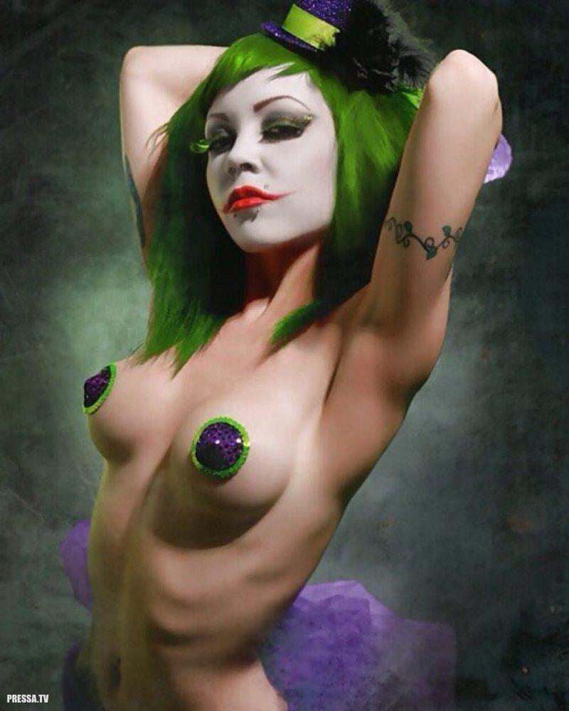 Nude female jester