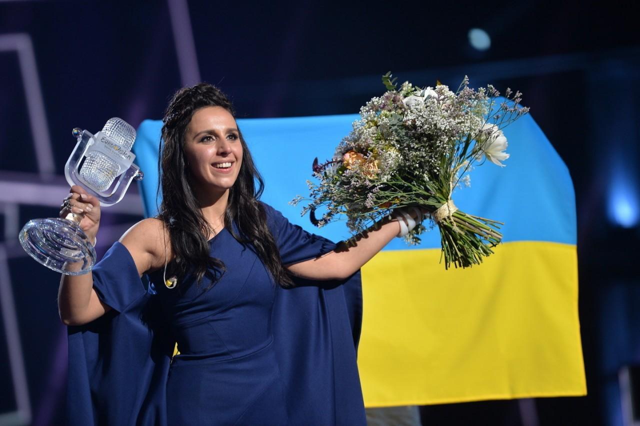 """СМИ: Оргкомитет """"Евровидения"""" обсуждает возможность проведения конкурса в России. А вы этого хотите?"""