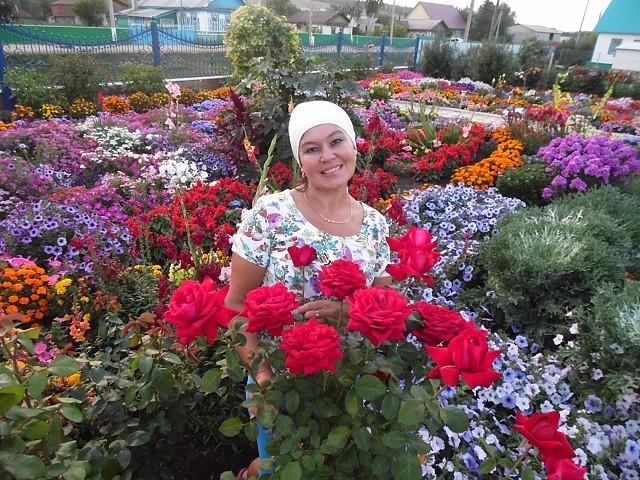 Цветочный рай прекрасной женщины