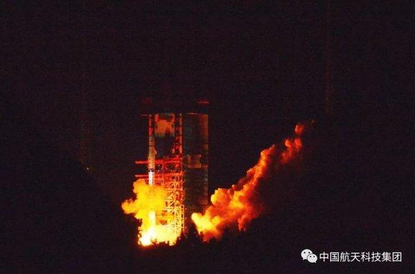 Великий поход Китая на Луну: запуск зонда-ретранслятора «Цюэцяо» и технический обзор планируемой китайской миссии «Чанъэ-4»