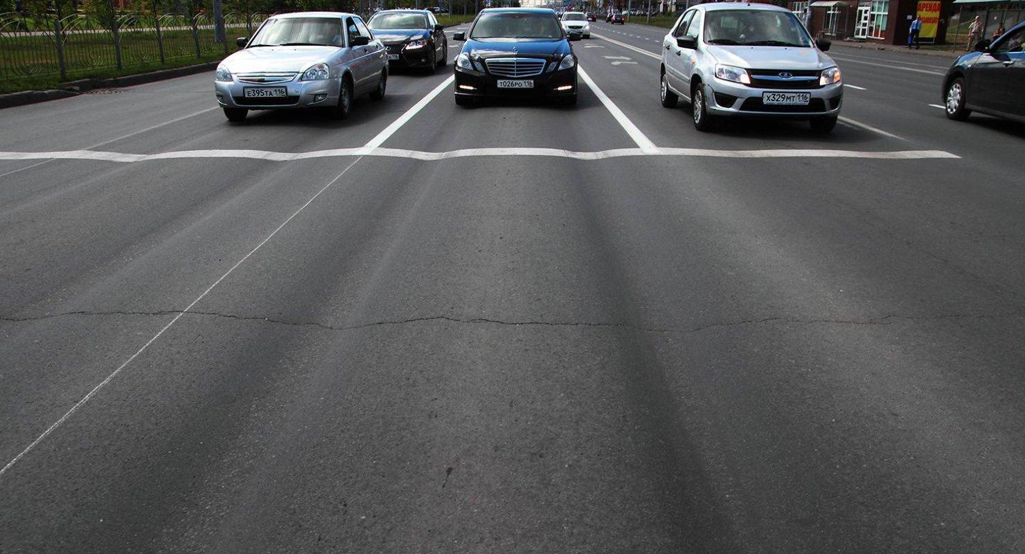 Чем большегрузы опасны для дорог: объяснение специалистов Автомобили
