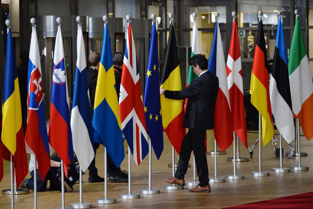 Экстренный саммит стран Евросоюза завершился ничем. Аргументы нахлебников Старую Европу не впечатлили