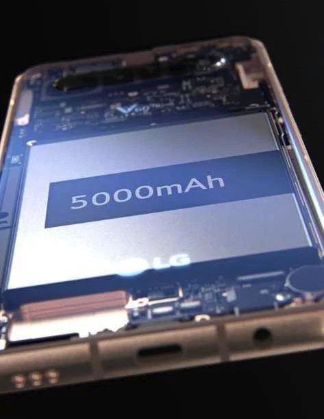 LG V60 ThinQ получит мощный аккумулятор и четыре задние камеры новости,смартфон,статья