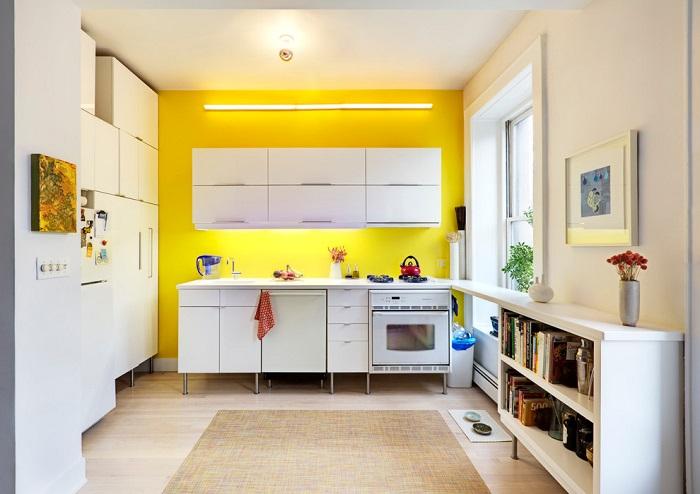 Покрасьте одну из стен ярким цветом. / Фото: dekoriko.ru