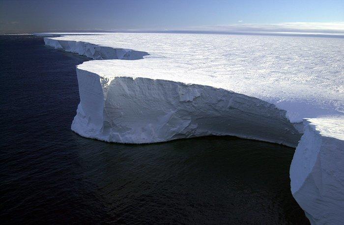 Самый большой антарктический айсберг был по площади больше Ямайки Антарктика, антарктида, интересно, ледяной континент, познавательно, секреты Антарктики, удивительно, факты