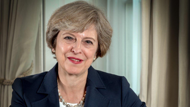 Мэй призналась, что виски помог ей пережить утверждение Brexit