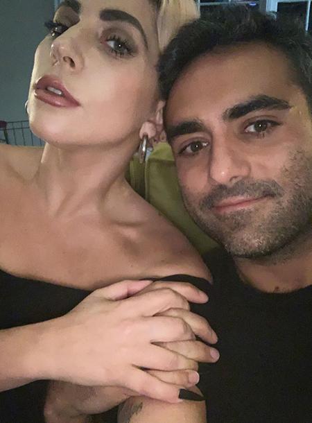 """""""Любовь всей моей жизни"""": Леди Гага призналась в чувствах бойфренду Звезды,Звездные пары"""