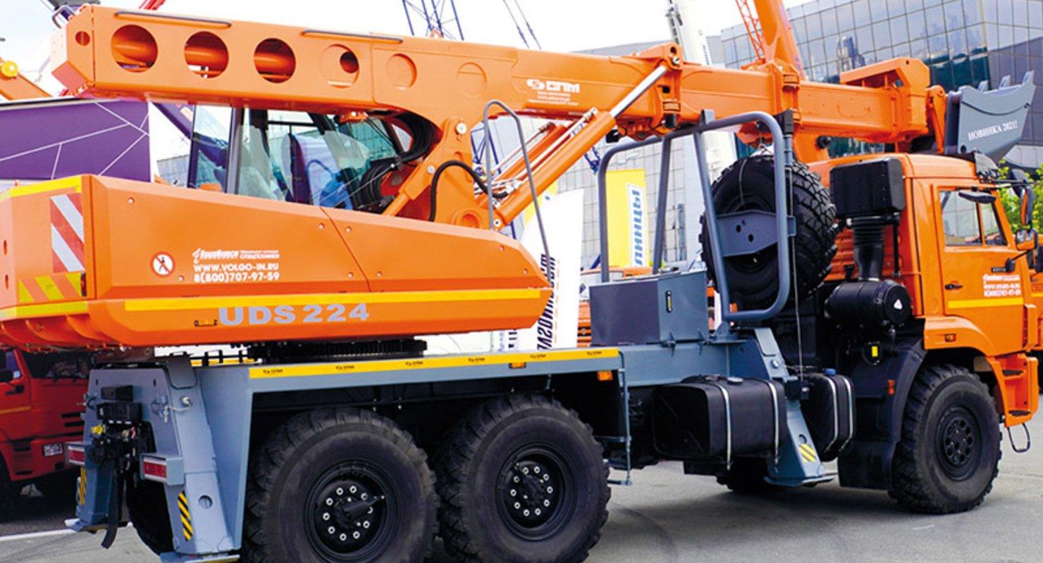 Выставка дорожно-строительной техники Bauma-СТТ 2021 Автомобили