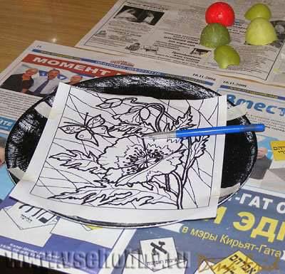делаем копирку из листа и мела своими руками для переноса рисунка на черный фон