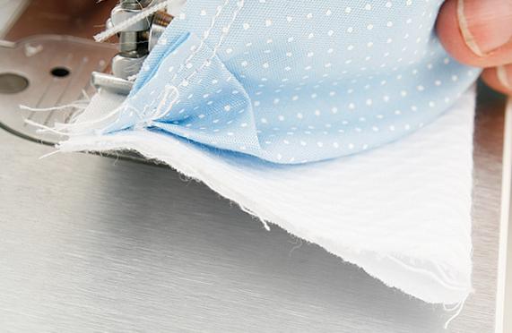 Детское одеялко из пузырьков в технике пэчворк. Мастер-класс (18) (571x372, 442Kb)