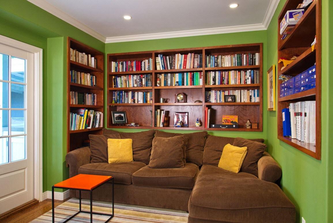 Деревянные книжные полки
