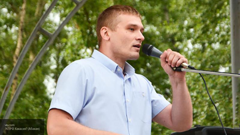 Не олицетворяет новых идей и светлого будущего: эксперт оценил перспективы Коновалова на посту главы Хакасии