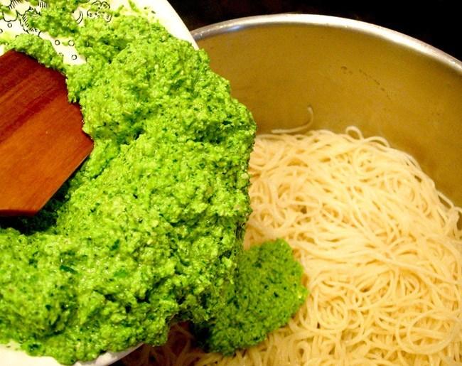 Спагетти с «холодным» соусом кулинария,соусы,спагетти