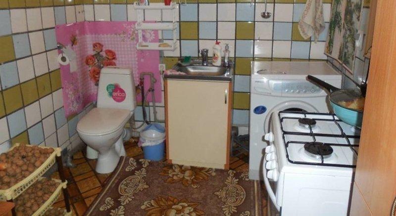 Ещё одна версия кухни-туалета в тесноте, квартир, квартиры, малогабаритка, малогабаритки, студия, тесно