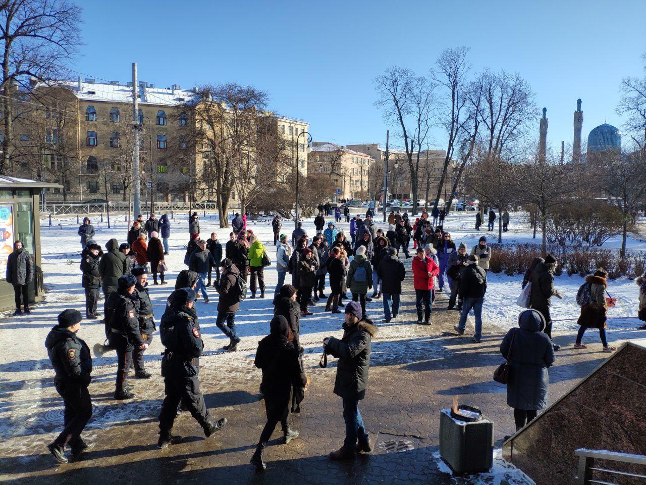 «Марш Немцова» расколол петербургских либералов