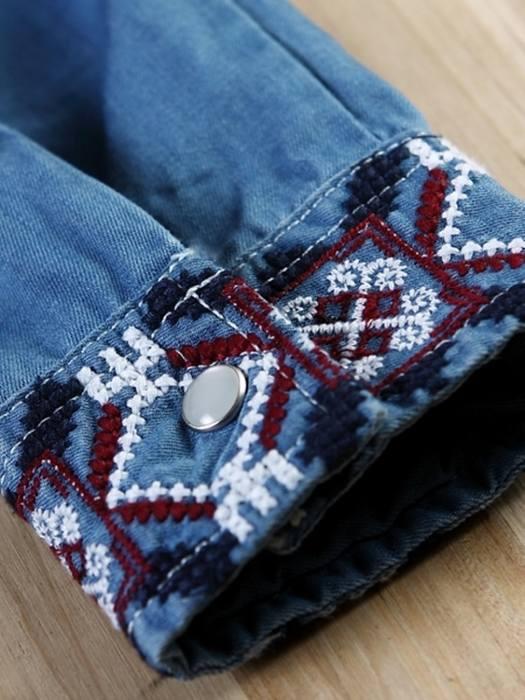Идеи для вдохновения — джинсовые рубашки, декорированные вышивкой