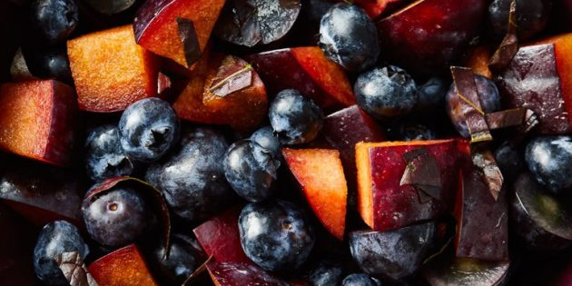 12 фруктовых и ягодных салатов, которые вкуснее тортиков десерты,кулинария,рецепты,салаты