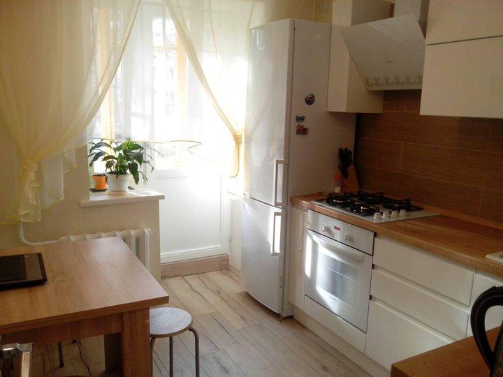 Моя кухня: небольшая, но уютная кухня с цветами