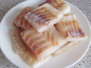 Сочная рыба в луковом кляре рыбные блюда
