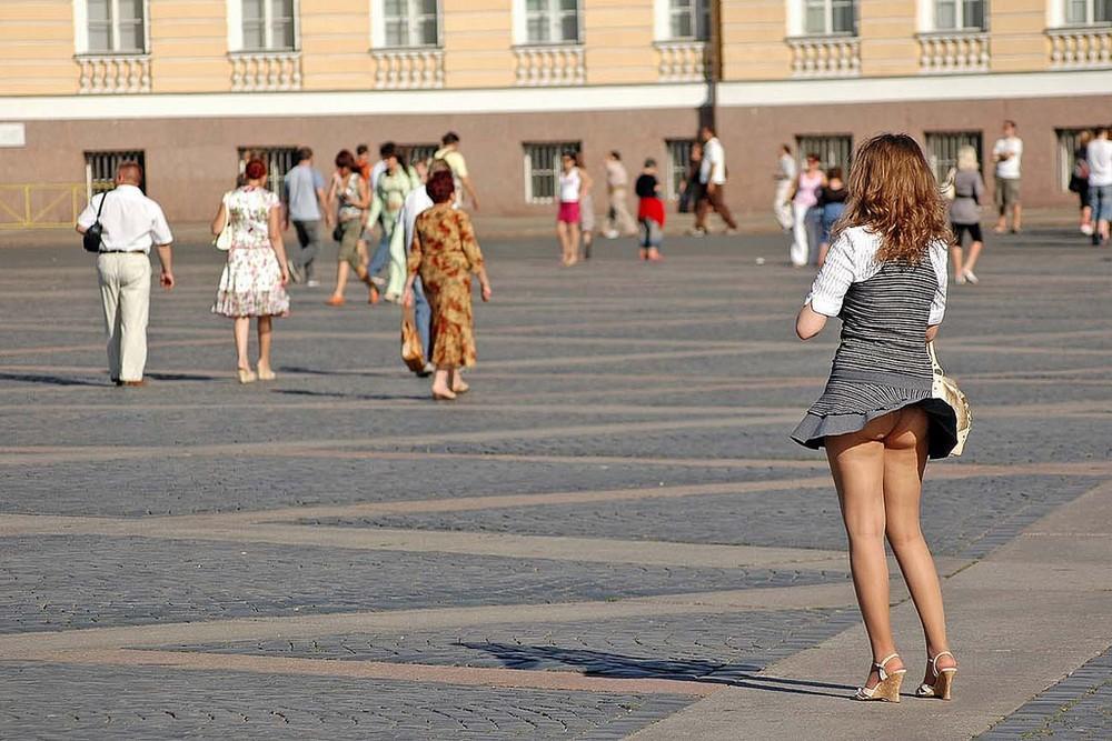 под юбками у девушек в санкт-петербурге порно фото