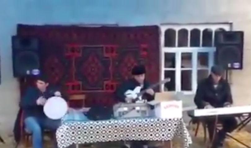 На свадьбе в азербайджанском селе песня из фильма «17 мгновений весны» стала хитом