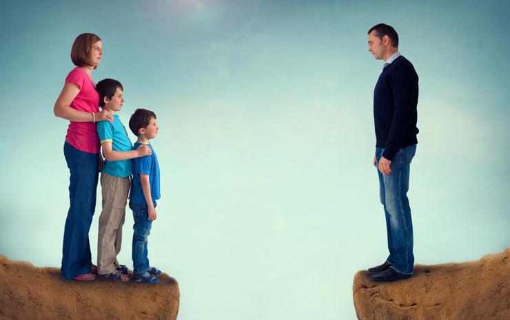 Как уберечь семью от развода