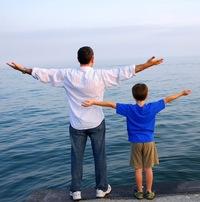 Удобно же быть «воскресным папой», а что если поменяться ролями с мамой?