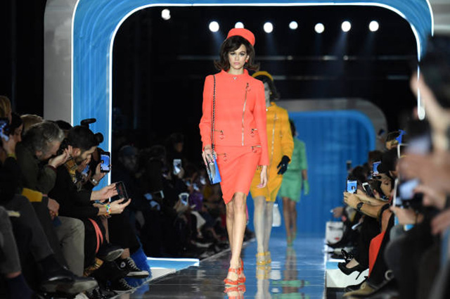 Неделя моды в Милане: Кайя Г…