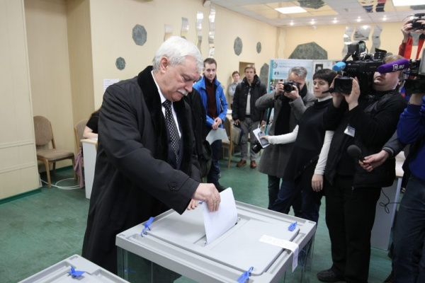 ВПетербурге проголосовали полмиллиона избирателей