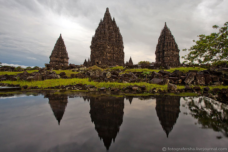 Памятник Всемирного наследия ЮНЕСКО: комплекс храмов Прамбанан