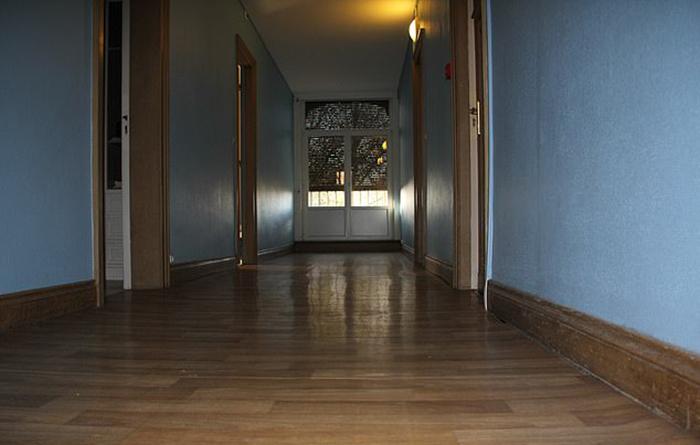 Дом, в котором жила в детстве Мод. *Зимой дом едва отапливался, а моя комната не отапливалась вовсе.*