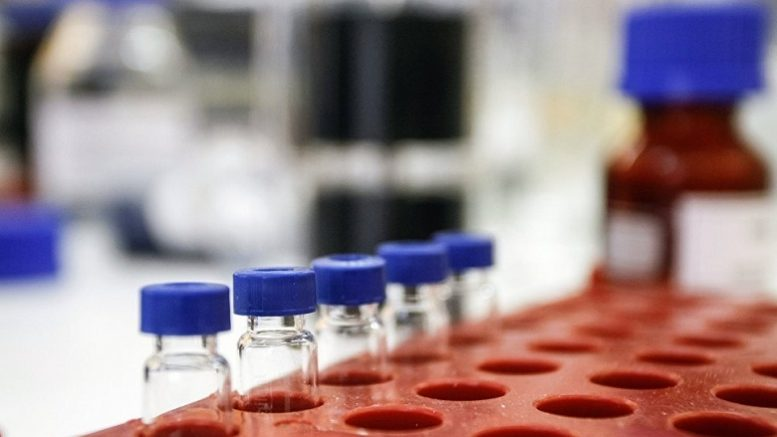 Кто и зачем  собирает биоматериал россиян ?