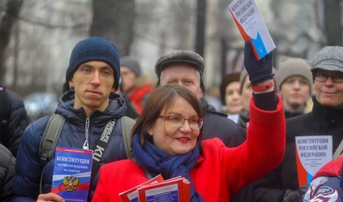 Путин предложил убрать влияние международного права на российское законодательство