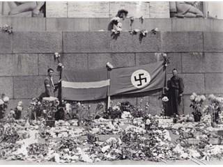 Мы с 1940 года рады немецком…