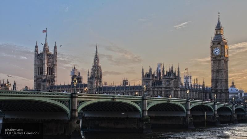 Правительство Великобритании за неделю потратило $122 тыс на рекламу сделки Brexit в Facebook