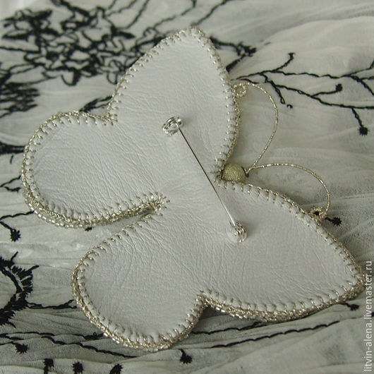 Brooches handmade. Brooch 'Wet snow'. Brooch of pearls and beads. Brooch butterfly. master Alena Litvin. My Livemaster.