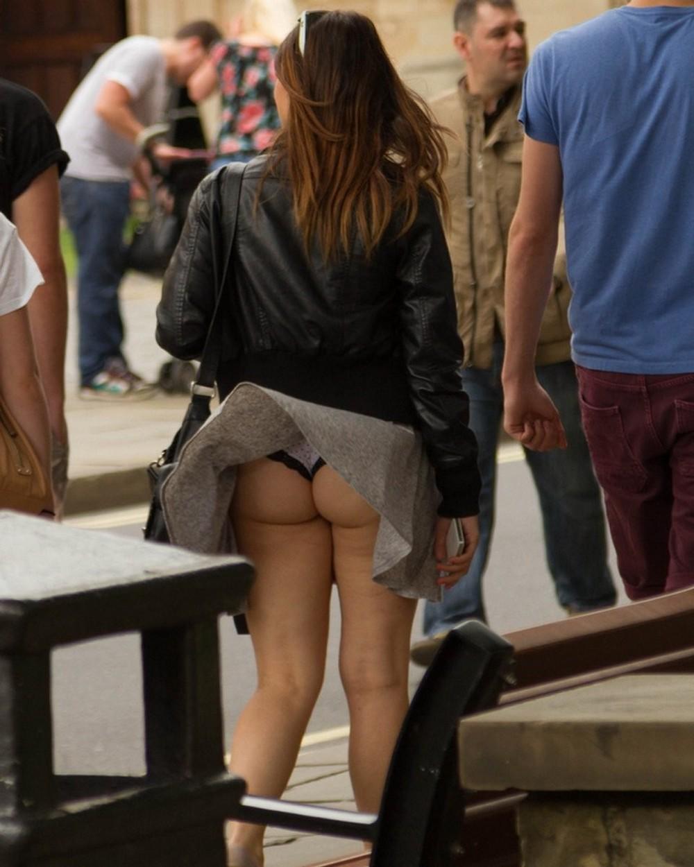 Nude In Public Pics