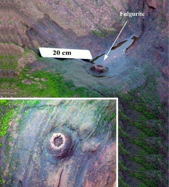 Нашли даже ископаемый фульгурит в Шотландии, ему более 250 млн лет естественно-научно, интересно, молния, природа, стихия, удар молнии
