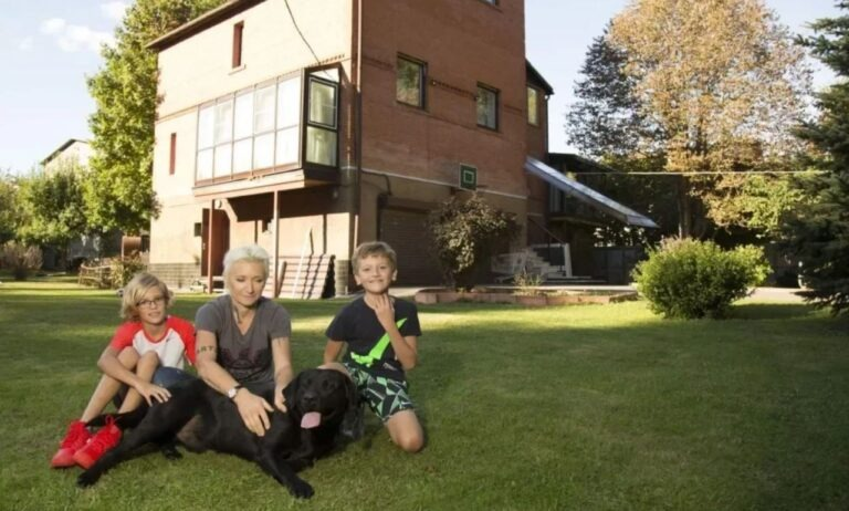 Как выглядит роскошный загородный дом Дианы Арбениной Диана Арбенина,звезда,красота,наши звезды,фото,шоубиz,шоубиз