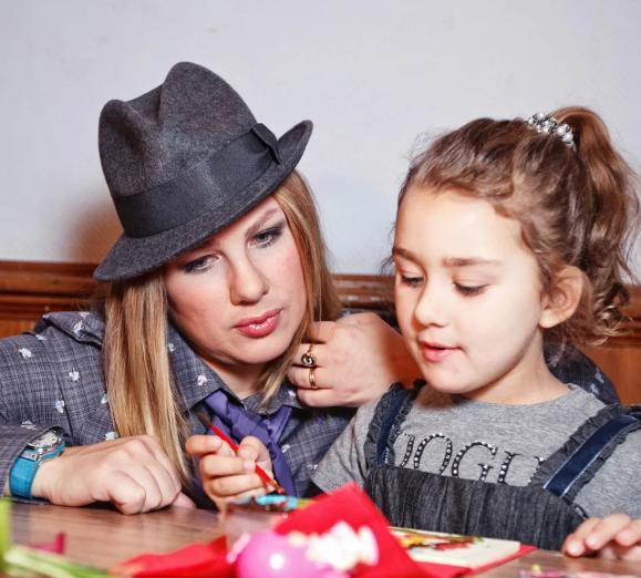 Как выглядит общая дочь Евы Польны и Дениса Клявера celebrities,Денис Клявер,ева польна,звезда,наши звезды,певец,певица,фото,шоубиz,шоубиз