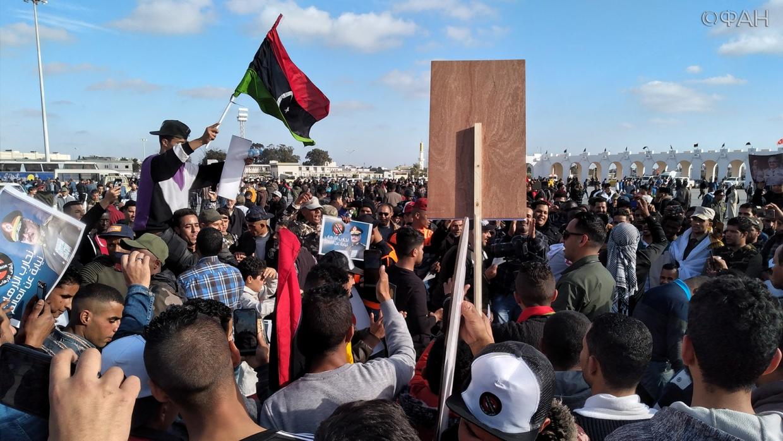 На митинге «Стоп террор» в Ливии уничтожили террориста