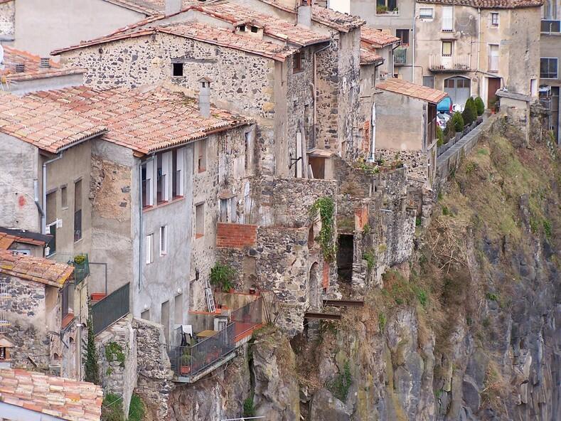 8 живописных городов, возведенные на скалах, где вы можете почувствовать себя на высоте здесь, место, город, чтобы, скалы, тысячи, деревень, изсамых, посмотреть, вИспании, Сегодня, городов, название, совсего, наскалистом, национальный, назад, Теперь, ихменее, туристы