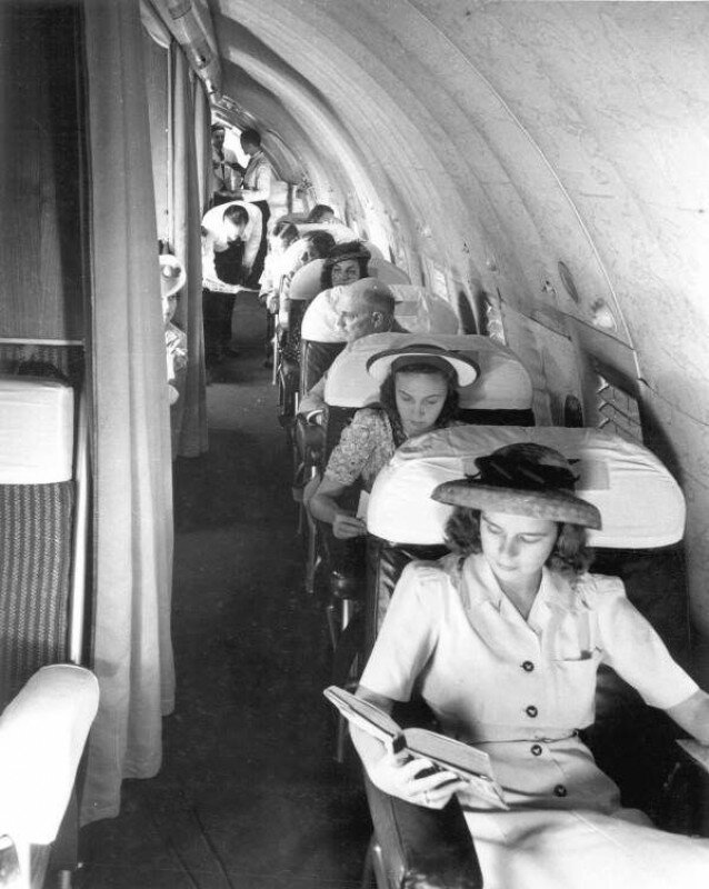 Пассажиры самолёта Boeing 307 компании Pan American World Airways. США. 1940-1947гг. история, ретро, фото