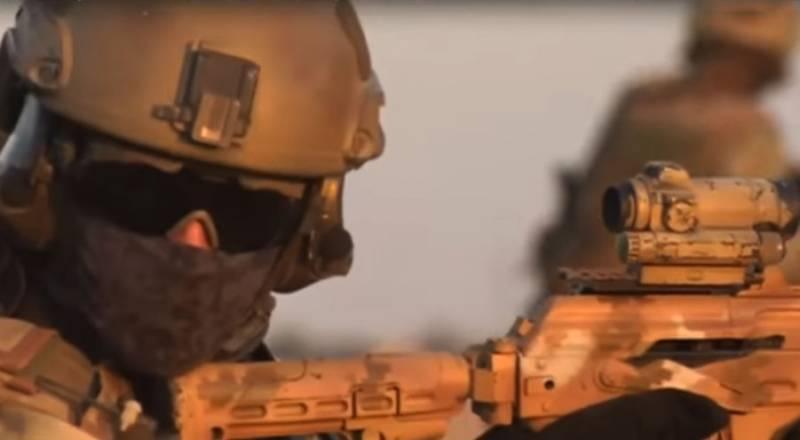 «Вежливые люди»: в День ССО показан ролик о работе российского спецназа